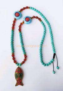 گردنبند بلند فیروزه و عقیق سرخ بهمراه مدال ماهی تبتی