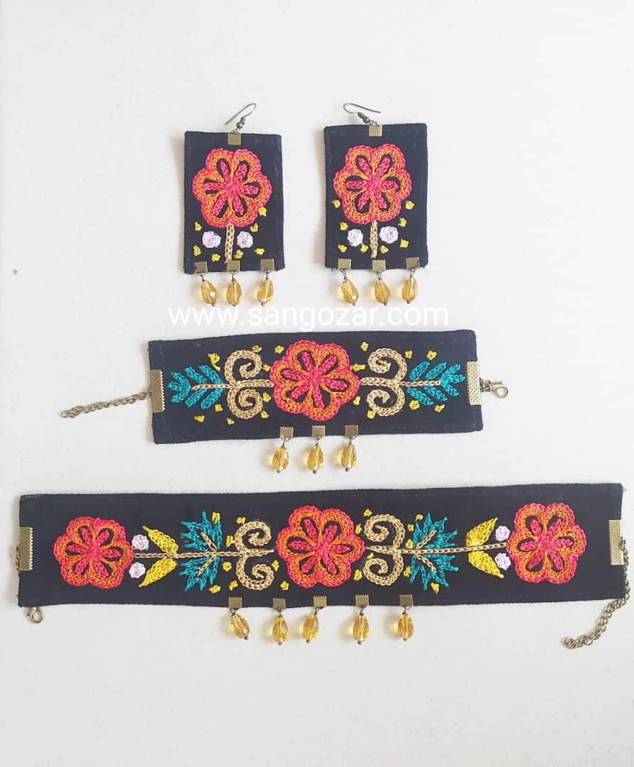 گردنبند دستبند گوشواره رشتی دوزی
